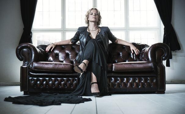 Elina Garanca, Ode an die Weiblichkeit - Das Album Revive bringt Elīna Garančas Faible für neue Herausforderungen zum Ausdruck