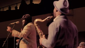 Gregory Porter, Holding On  (Live In Berlin)