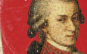 Wolfgang Amadeus Mozart, Die Mozart-Essenz: Die Edition Mozart - The Singles - 66 Classic Tracks konzentriert sich auf das Wesentliche