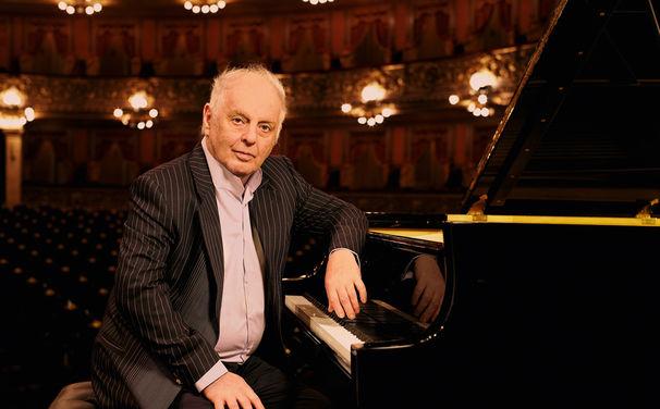 Daniel Barenboim, On my new piano - Des Maestros neue Liebe
