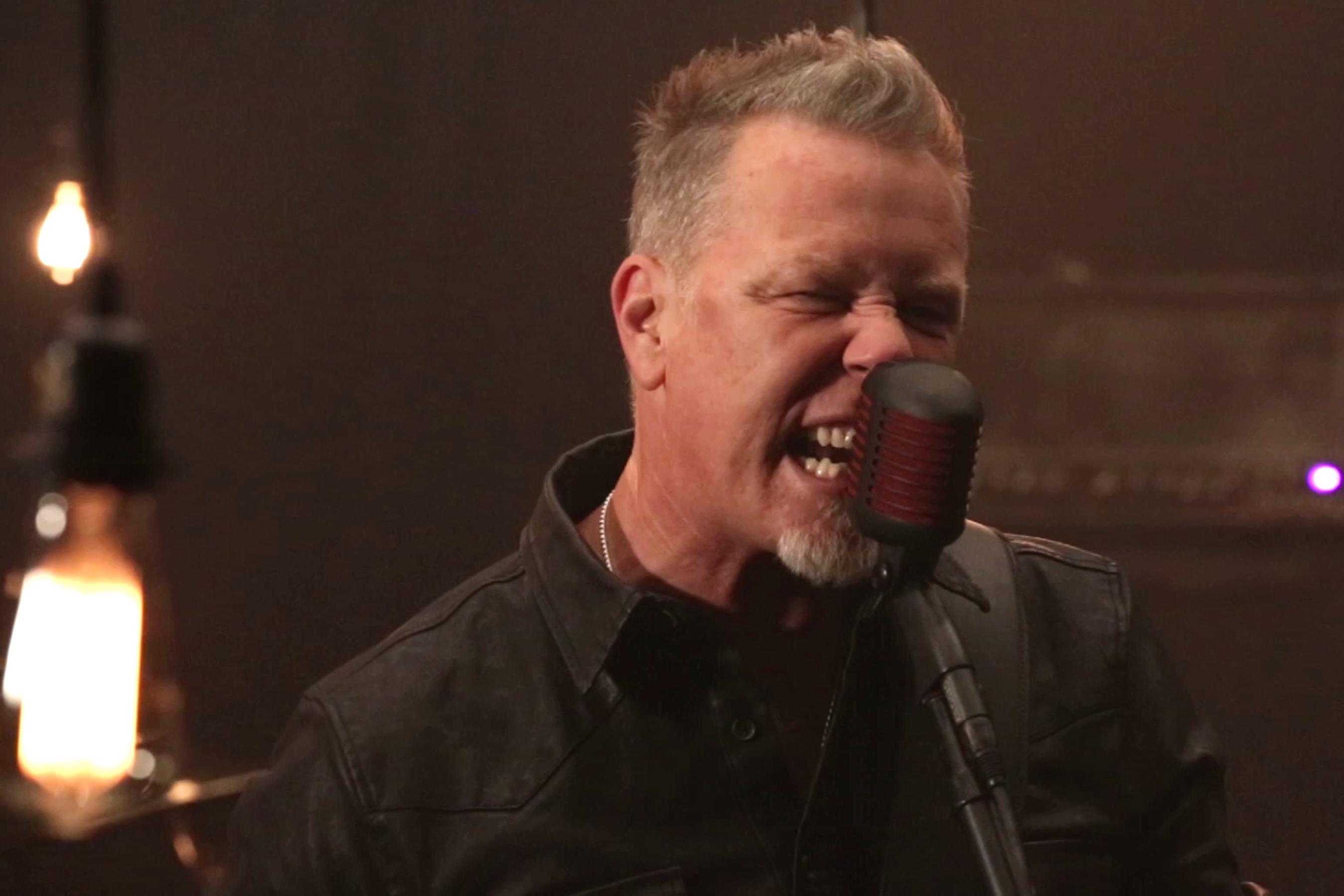 Metallica, Moth Into Flame (Song Besprechung)