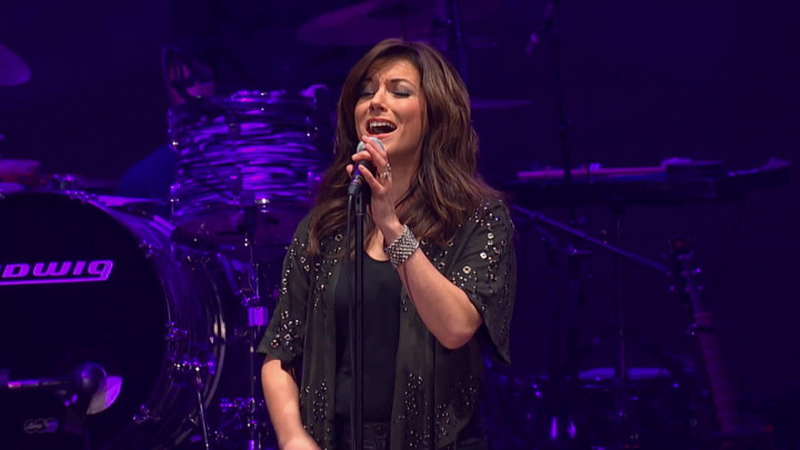 "Martina McBride mit ""When I Stop Dreaming"" (aus ""The Life & Songs Of Emmylou Harris: An All-Star Concert Celebration"")"