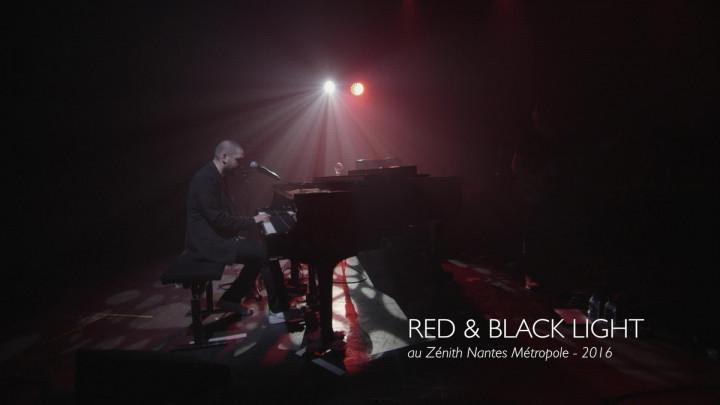 Red & Black Light (Live At Zénith Nantes Métropole, 2016)
