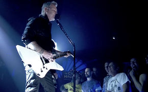 Metallica, In voller Länge: Hier das intime Berlin-Konzert von Metallica ansehen