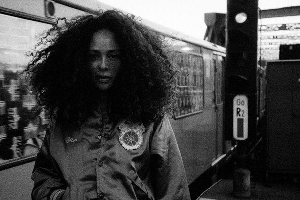 Joy Denalane, Gleisdreieck ist vorbestellbar: Das erwartet euch auf dem neuen Album von Joy Denalane