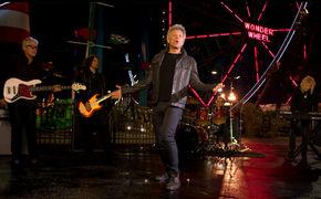 Bon Jovi, Eine Achterbahnfahrt mit Bon Jovi: Seht hier das Video zum Song Roller Coaster