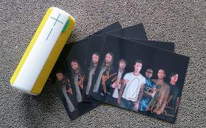Maroon 5, Gewinnt signierte Fotos von Maroon 5 und einen UE Boom Lautsprecher