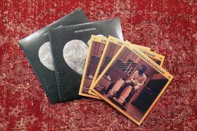 Michael Kiwanuka, Love & Hate und Home Again auf Vinyl: Sichert euch tolle Michael Kiwanuka-Gewinne