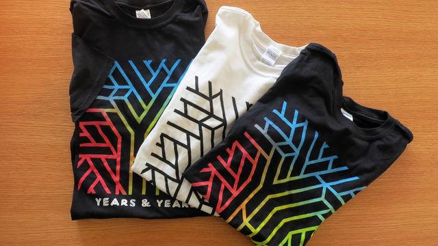 Years & Years - Wir verlosen T-Shirts von Years & Years: Hier am Gewinnspiel teilnehmen