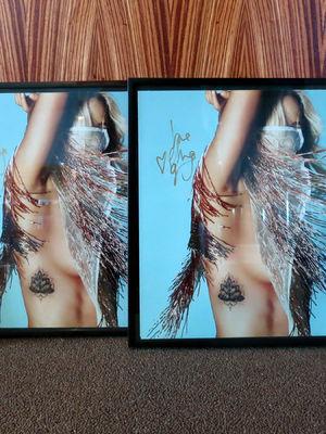 Ellie Goulding, Wir verlosen zwei signierte Bilder von Ellie Goulding und den Soundtrack zu Bridget Jones' Baby
