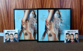 Ellie Goulding, Gewinnspiel mit Ellie Goulding: Ergattert signierte Bilder und den Bridget Jones' Baby-Soundtrack