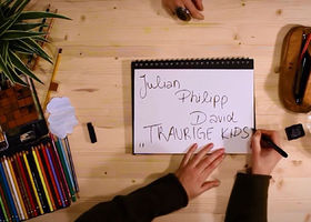 Julian Philipp David, Traurige Kids (Lyric Video)