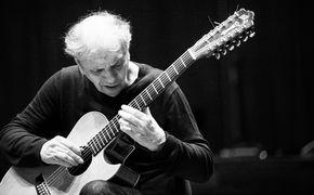 Ralph Towner, Ralph Towner - Amalgam aus Bill Evans, brasilianischer Musik und klassischer Gitarre