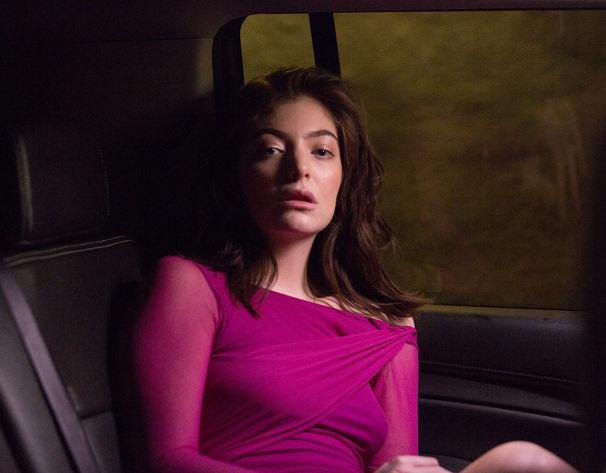 Lorde, Zwischen Herzschmerz und Selbstheilung: Lorde über ihren neuen Track Green Light