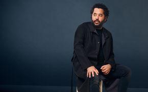 Adel Tawil, Ist da jemand und Bis hier und noch weiter: Adel Tawil mit zwei neuen Songs aus seinem Album So schön anders
