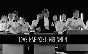 Max Raabe, Wettrennen - Max Raabe und Palast Orchester kündigen Tour für 2018 an