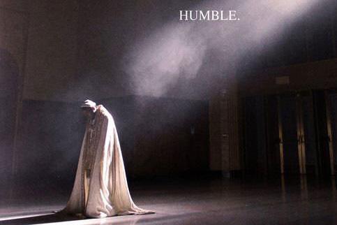 Kendrick Lamar, Demut ist angebracht: Kendrick Lamar mit neuem Track und Video zu HUMBLE.