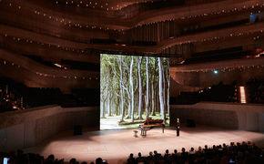 Hélène Grimaud, Woodlands and beyond - Hélène Grimaud präsentiert Stücke ihres Albums Water in der Elbphilharmonie Hamburg