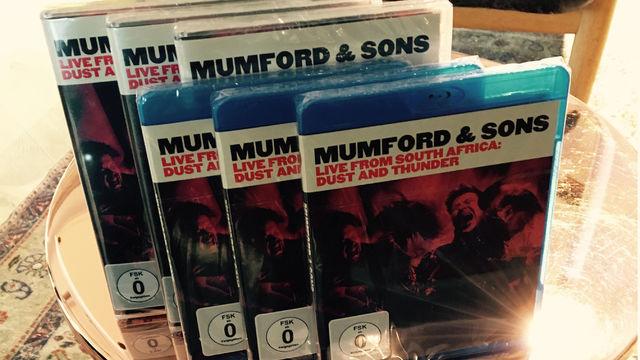 """Mumford & Sons - Sonnige Aussichten: Gewinnt """"Mumford & Sons. Live From South Africa: Dust And Thunder"""""""