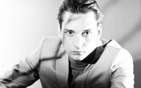 Thomas Azier, In einer Woche erscheint das Album Rouge: Thomas Azier präsentiert Single Berlin