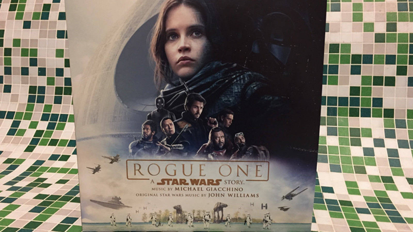 "Großes ""Rogue One"" Vinyl-Gewinnspiel – May the 4th be with you"