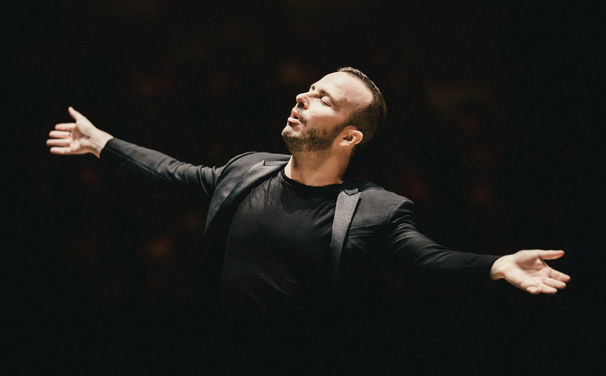 Yannick Nézet-Séguin, Große Sache - Yannick Nézet-Séguin beschert dem gelben Label die erste Einspielung von Leonard Bernsteins Mass