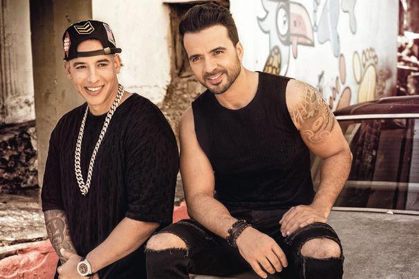 Luis Fonsi, Sechs Mal auf Platz 1 der Charts: Luis Fonsi vergoldet Despacito feat. Daddy Yankee