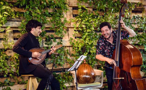 Avi Avital, Soundtrack für den Sommer – Gewinnen Sie ein signiertes Album von Avi Avital