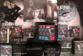Fifty Shades Of Grey, Gewinnt DVD oder Blu-ray: Sichert euch Fifty Shades Of Grey 2 - Gefährliche Liebe für euer Wohnzimmer