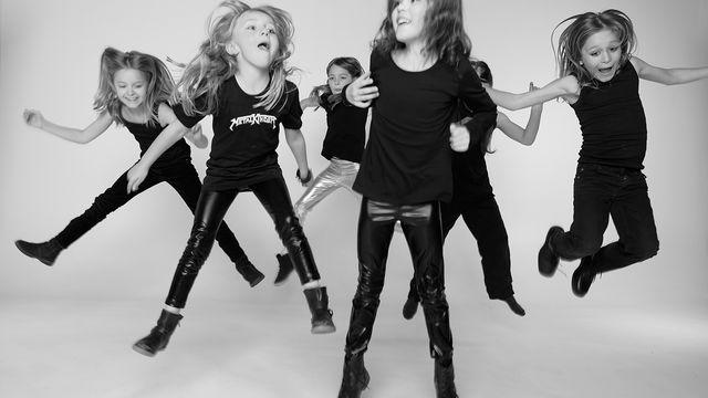 Metalkinder, Die Metalkinder – bekannte und neue Kinderlieder im Schwermetallsound