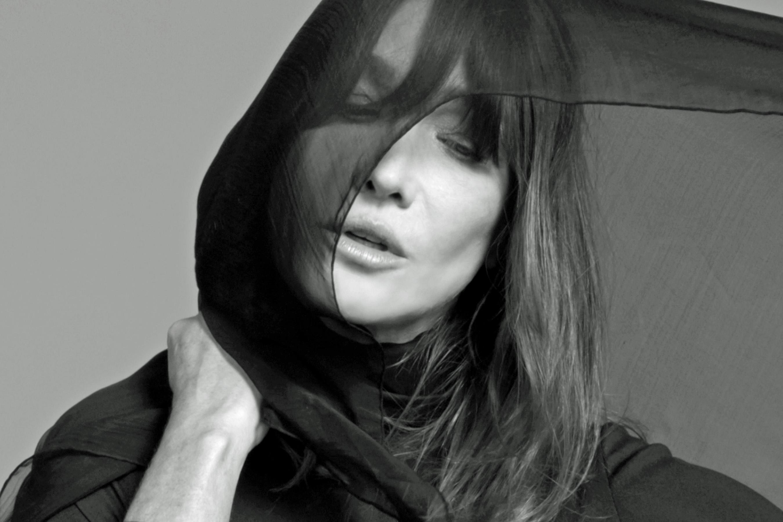 Carla Bruni, Miss You