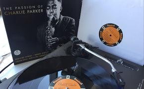 JazzEcho-Plattenteller, Vogelfrei + Flying High - Charlie-Parker-Tribute als Doppel-LP