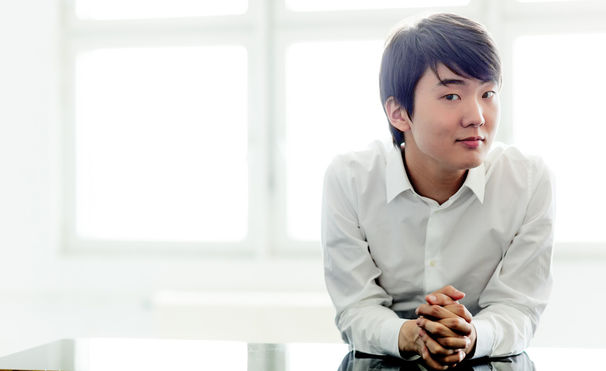Seong-Jin Cho, Biografie