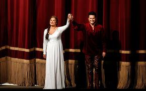 Anna Netrebko, Wagners Zartheit – Anna Netrebko glänzt in Lohengrin