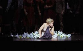 Elina Garanca, Leuchtende Erscheinung - Elīna Garanča glänzt in Donizettis Oper La favorite