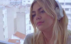Louane, Von Schwere und Leichtigkeit: Louane veröffentlicht die Single On Était Beau