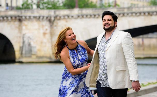 Anna Netrebko, Große Momente - In dieser Woche kann man Anna Netrebko im Duett mit ihrem Ehemann und als Aida in Salzburg erleben
