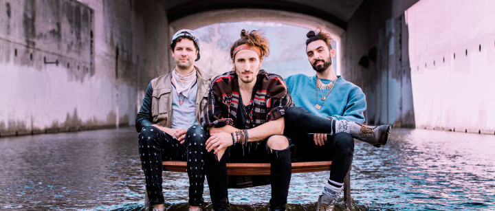 Magic Giant Press Photo 2017