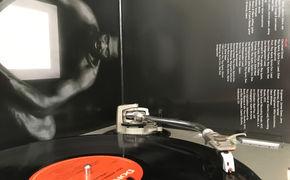 JazzEcho-Plattenteller, Roy Ayers - Wein, Vibes und Gesang