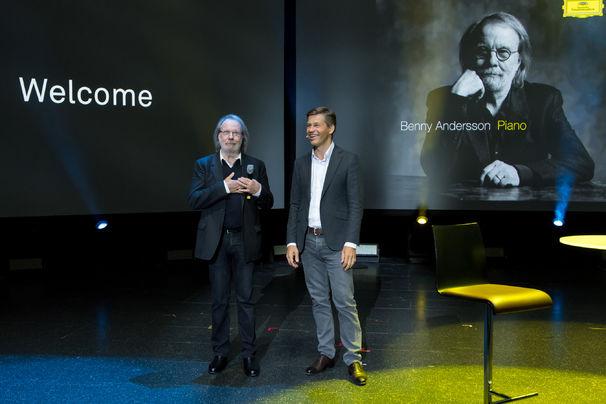 Benny Andersson, Frank Briegmann, ABBAs Benny Andersson und Hollywood-Legende Bill Murray eröffnen Universal Inside Tagung