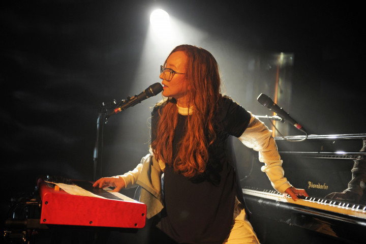 Tori Amos - Native Invader Live (1)