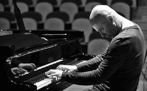 ECM Sounds, Stefano Battaglia - Musik von hypnotischer Anziehungskraft