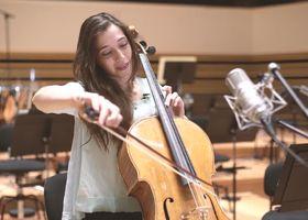 Camille Thomas, Saint-Saëns: Cellokonzert Nr. 1 (Interview)