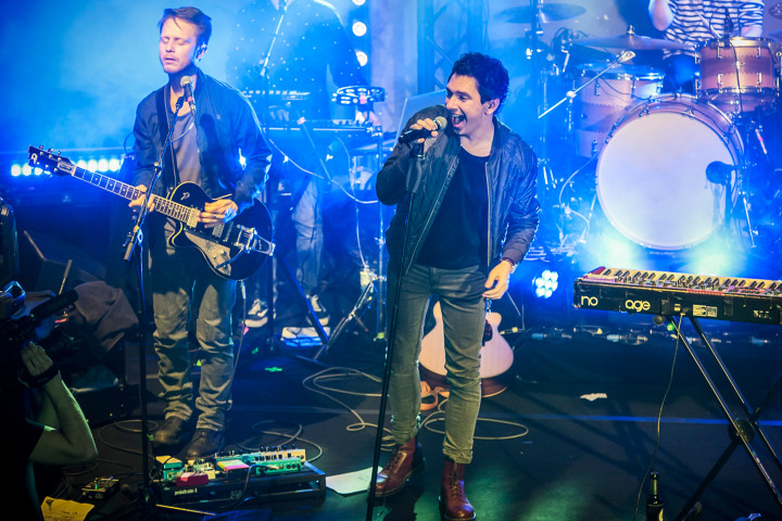 Julian Le Play live