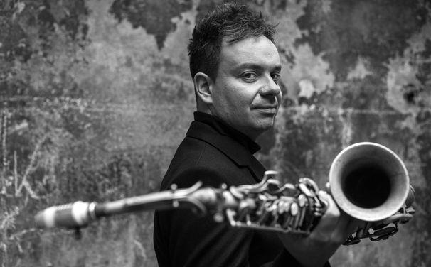 Maciej Obara, Maciej Obara - ein Meister der ad-hoc-Improvisation