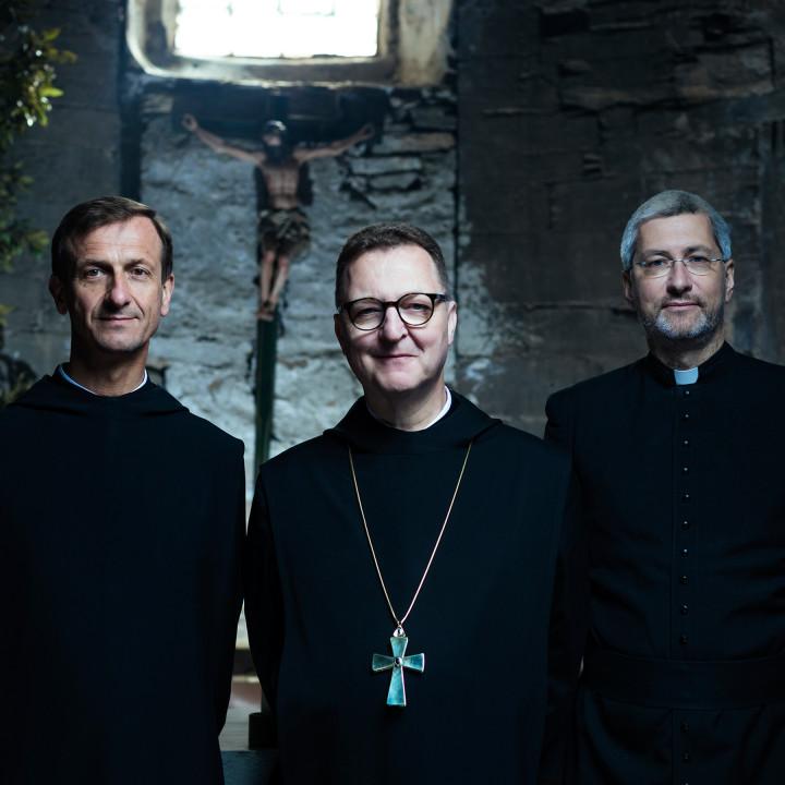 Die Priester