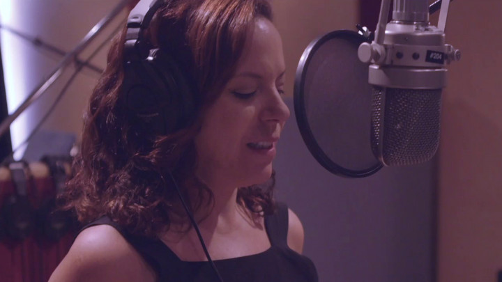 "BEBEL GILBERTO über ""Beauty And The Beast"" (Jazz Loves Disney 2 - A Kind Of Magic)"