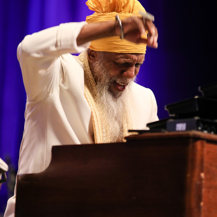 Dr. Lonnie Smith — All In My Mind