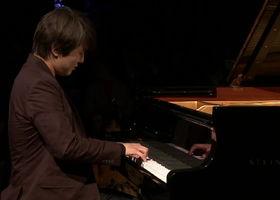 Seong-Jin Cho, Mozart: Klaviersonate Nr. 12 (Live from Yellow Lounge, Berlin / 2017)