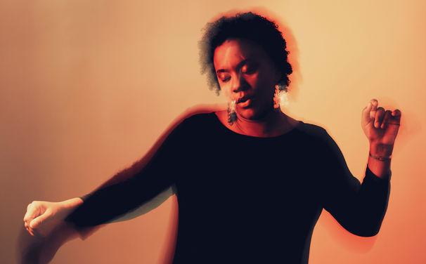 Indra Rios-Moore, Protest und Seele - neues Album von Indra Rios-Moore